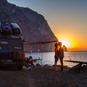 Life on the road: #vanlife couples who love—and blog—on the road